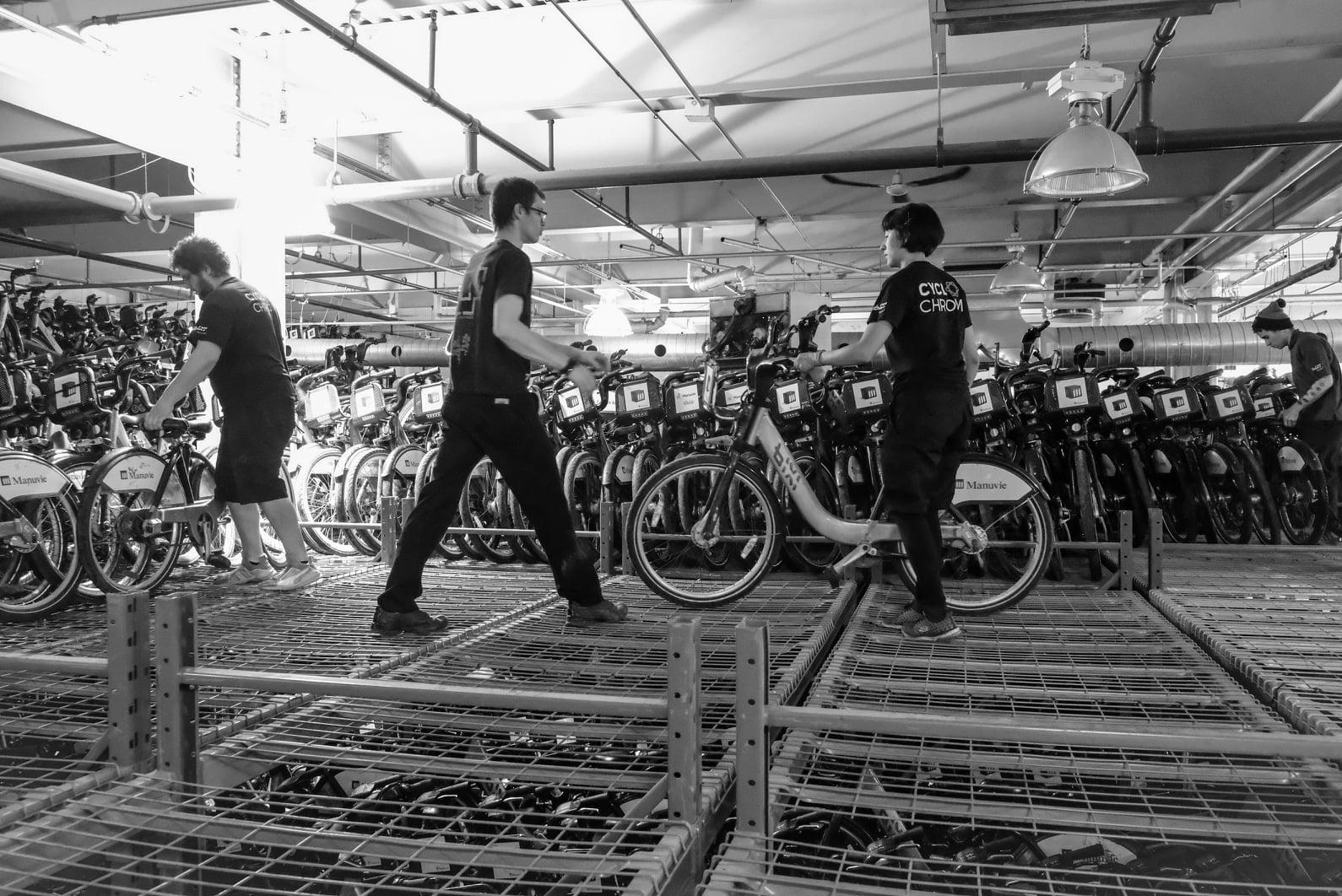 L'équipe de Cyclochrome récupère les vélos